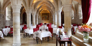 chateau-de-gilly-restaurant-1